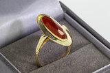 14 Kantieke geelgouden ring met ovaal geslepen Granaat