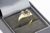 Gouden - Hoefijzer- Zegelring met Diamant