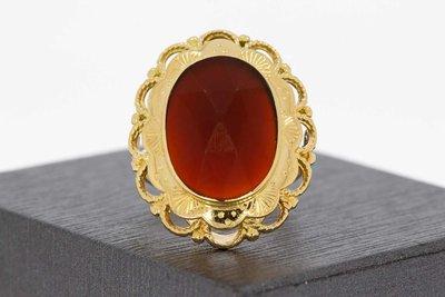 14 karaat geel gouden antieke ring gezet met Carneool