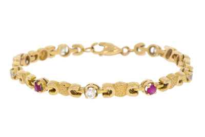 18 Karaat gouden armband gezet met Robijn & Saffier-18 cm