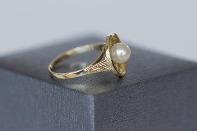 14 karaat geel gouden ring met Parel