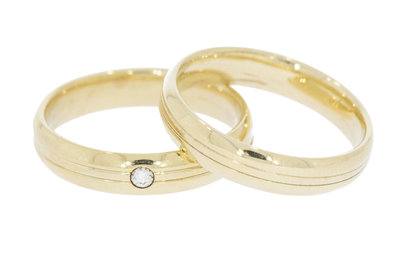 9 karaat -set- trouwringen - 1 gezet met diamant