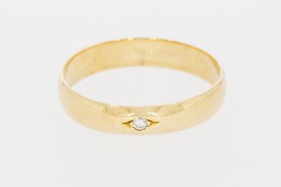 14 Karaat geelgouden trouwring gezet met Diamant