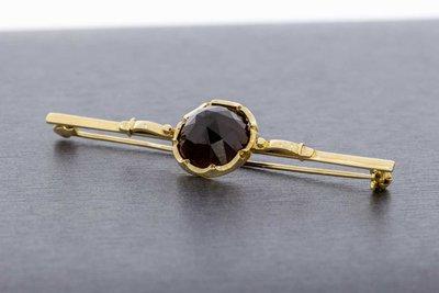 14 Karaat gouden vintage Broche gezet met Granaat