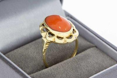 14 Karaat gouden Markies ring gezet met bloedkoraal