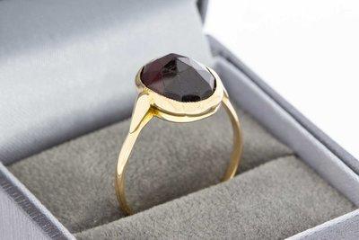 14 Karaat gouden Markies ring gezet met Granaat (19,3 mm)