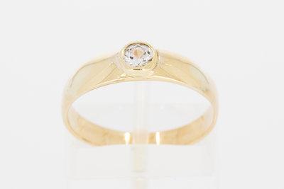 14 Karaat gouden Solitair ring met centraal gezette Zirkonia