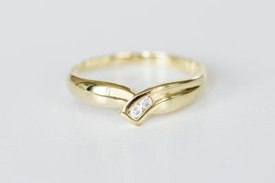 14 Karaat geelgouden ring met briljant geslepen Zirkonia