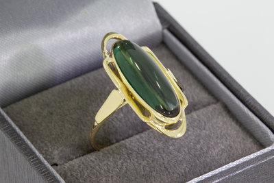 14 Karaat gouden ring met cabochon geslepen steen