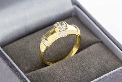 14 Karaat Bicolor gouden Solitairing met Diamant 0.45 crt
