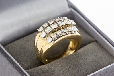 14 Karaat gouden Markies ring gezet met Diamant- 1.32 crt