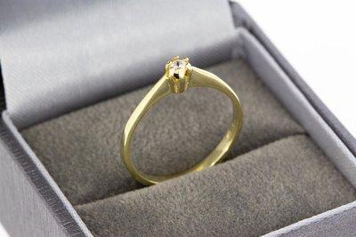 14 Karaat geel gouden Solitair ring met Diamant- 0.03 crt
