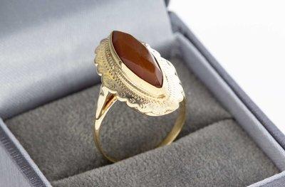 14 Karaat gouden ring met facet geslepen Carneool - 17,5 mm