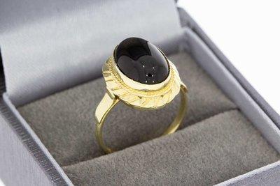 14 Karaat geel gouden Vintage ring gezet met ovale Onyx