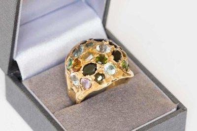 """14 Karaat gouden """"Cocktail"""" ring gezet met diverse stenen"""