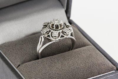 18 Karaat Witgouden Rozet Ring gezet met Diamant