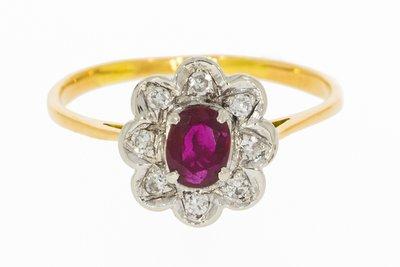 18 Karaat geelgouden Rozet Ring gezet met Robijn & Diamant