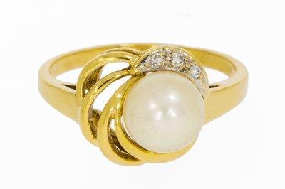 Gouden ring met Parel & Diamant
