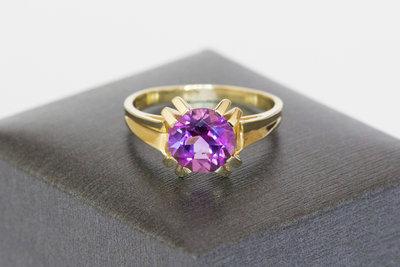 14 K Gouden ring met Amethist