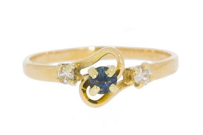 18 Karaat gouden Slagring gezet met Saffier & Diamant