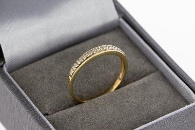 14 karaat gouden aanschuifring met diamant