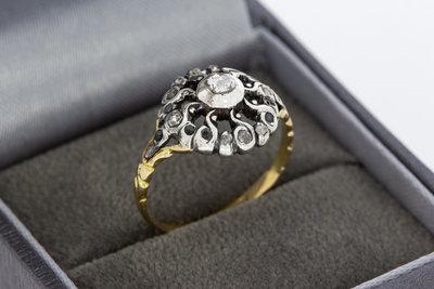 14 Karaat bicolor gouden Rozet ring gezet met Diamant