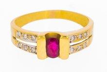 Gouden ring met Robijn & Diamant