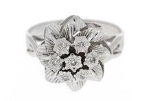 18 K Witgouden Rozetring met Diamant