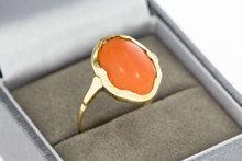 14K antiek geelgouden ring met Bloedkoraal