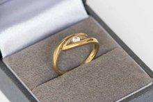 8-karaat-fantasie-ring-met-briljant-geslepen-Zirkonia