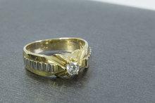 14 karaat gouden Statement ring met centraal gezette Zirkonia